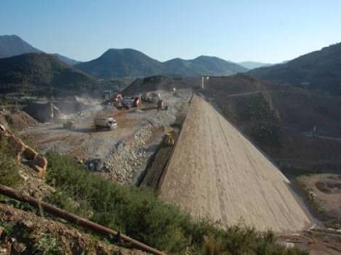 Alaköprü Barajı, hem Kıbrıs'a hem çiftçilere su yetiştirecek!