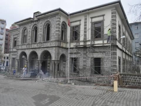 Siverek'teki 111 yıllık tarihi bina kaymakamlık oluyor!