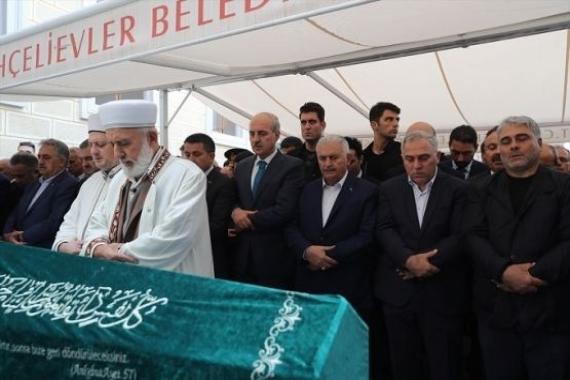 TOKİ Başkanı Ergün Turan'ın babası defnedildi!
