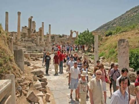 Türkiye'yi 6 ayda 16 milyon turist ziyaret etti!