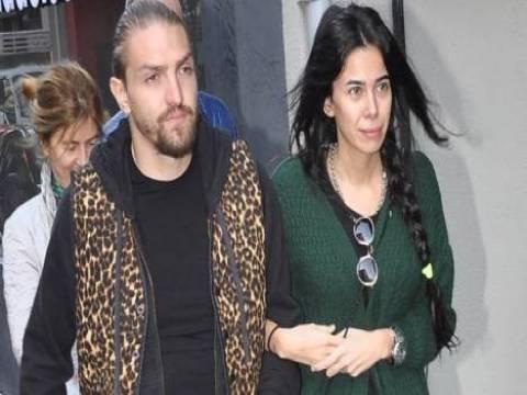 Caner Erkin ile Asena Erkin Çeşme'den 1 milyon TL'ye villa aldı!