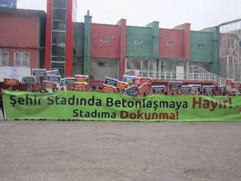 Diyarbakır'da stadın yerine AVM yapılmasına tepki gösterildi!