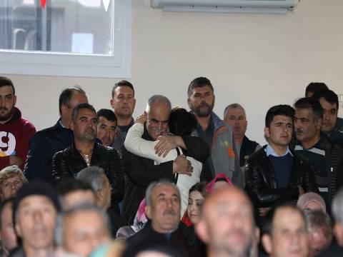 TOKİ İzmir kura çekilişinde kimler ev sahibi oldu?