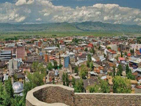 Erzurum Palandöken'de satılık 4 arsa 10,1 milyon TL'ye!