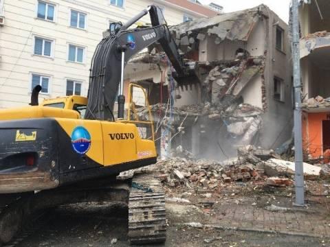 Büyükçekmece'de kentsel dönüşümle yıkımlar başladı!