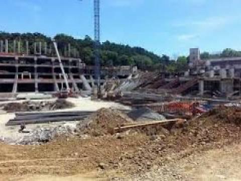 Vodafone Arena Stadının tribünleri yükseliyor!